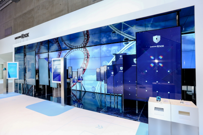 Samsung Knox Booth Takes IFA 2016 Attendees on a Ride Through Mobile Security