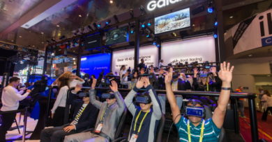 Samsung Galaxy Studio Takes CES Attendees Up, Down and All Around with Gear VR