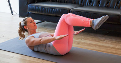 The 15-Minute Abs Workout That Will Help You Slay All Your Summer Activities