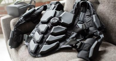 Hardlight VR Suit: a haptic return vest to improve immersion in virtual reality
