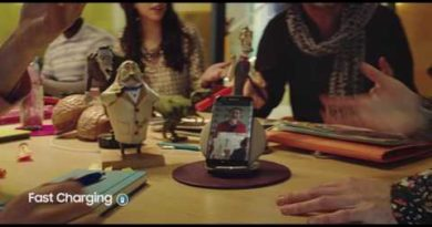 Samsung Wireless Charger Convertible: Launch Film