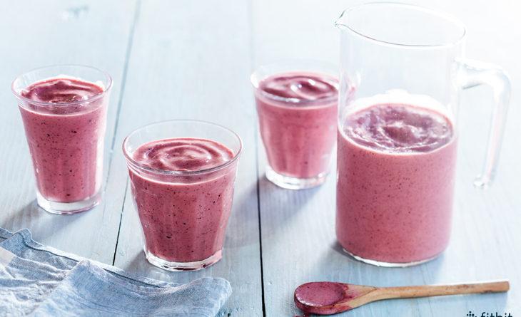 Healthy Recipe: Tart Cherry & Skyr Smoothie