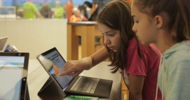 Announcing Microsoft Store back to school deals that begin today