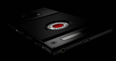 RED offers to pay the equivalent of a SMIC for a smartphone that does not yet exist