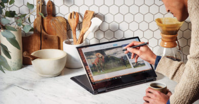 Create and play this holiday with the Windows 10 Fall Creators Update coming Oct. 17