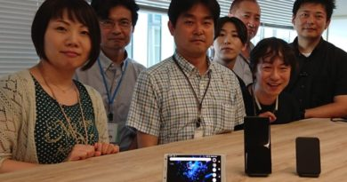 Meet the makers of the Wireless Charging Dock WCH20