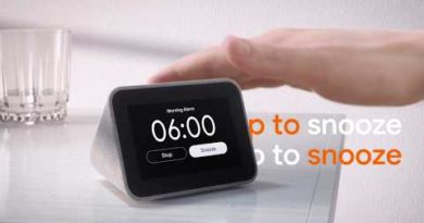 Meet the Lenovo Smart Clock with Google Assistant